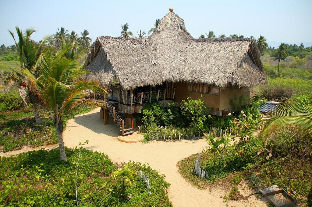 Luxury camping: Playa Viva, Mexico